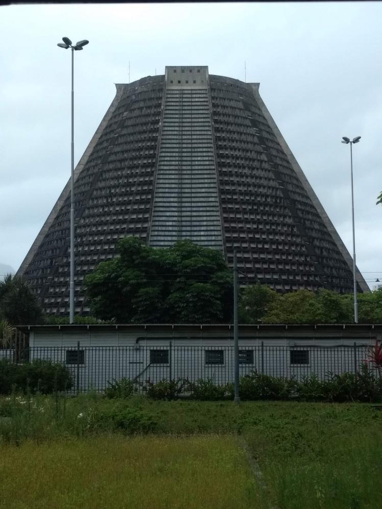 brasil-rio-de-janeiro-catedral