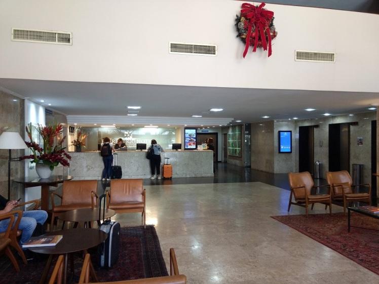 everest-lobby