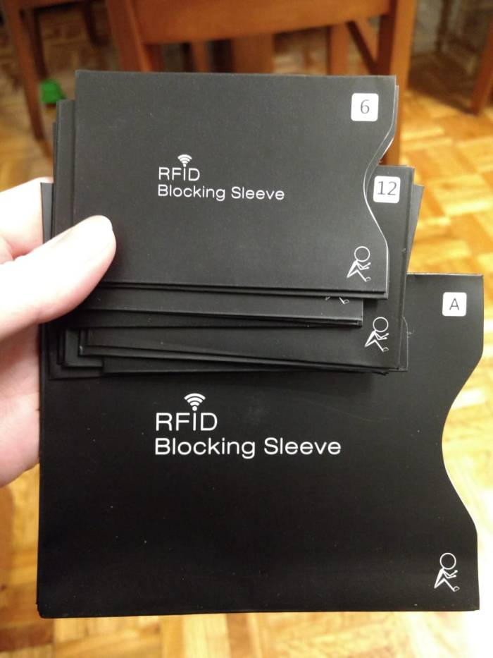 Contactless RFID protector