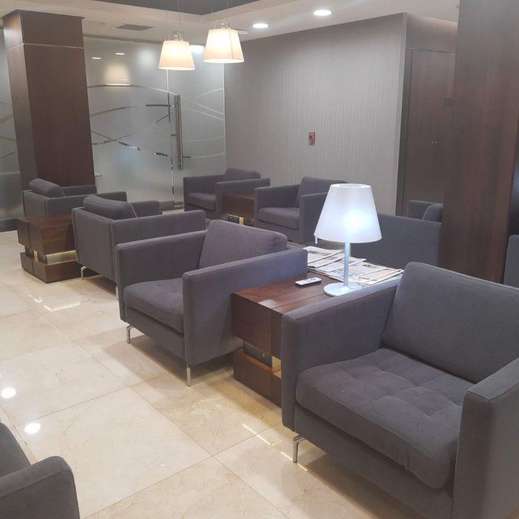 sala-vip-arribos-aa2000-aeropuerto-ezeiza-buenos-aires-amarviajarblog3